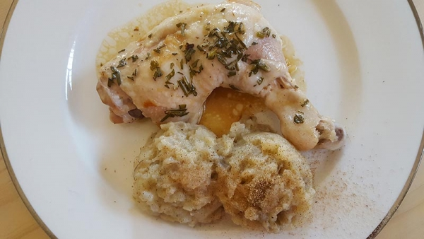 Chicken Thigh with Mash Topinambour